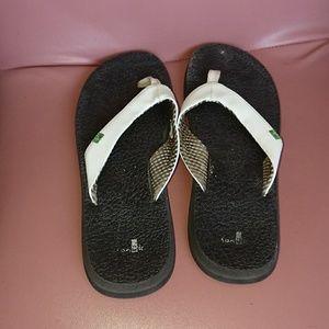 Sanuk 42 womens flip-flops white soft used